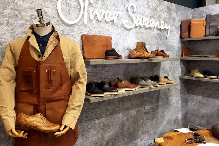 Oliver Sweeney, consolidato brand britannico nell'ambito delle calzature, ha presentato un interessante progetto di «Leather Tattoo» che permette di personalizzare la scarpa con la tecnica del tatuaggio #pitti90