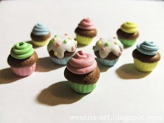 Fimo / Polymer Clay Cupcake Pendants