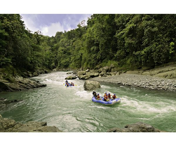 Whitewater rafting on the Pacuare River - Cost Rica