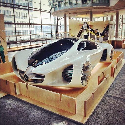 drivingbenzes:  Mercedes-Benz Biome Concept 2010