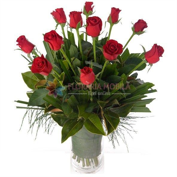 buchete din trandafiri rosii red roses bouquet for valentine's day