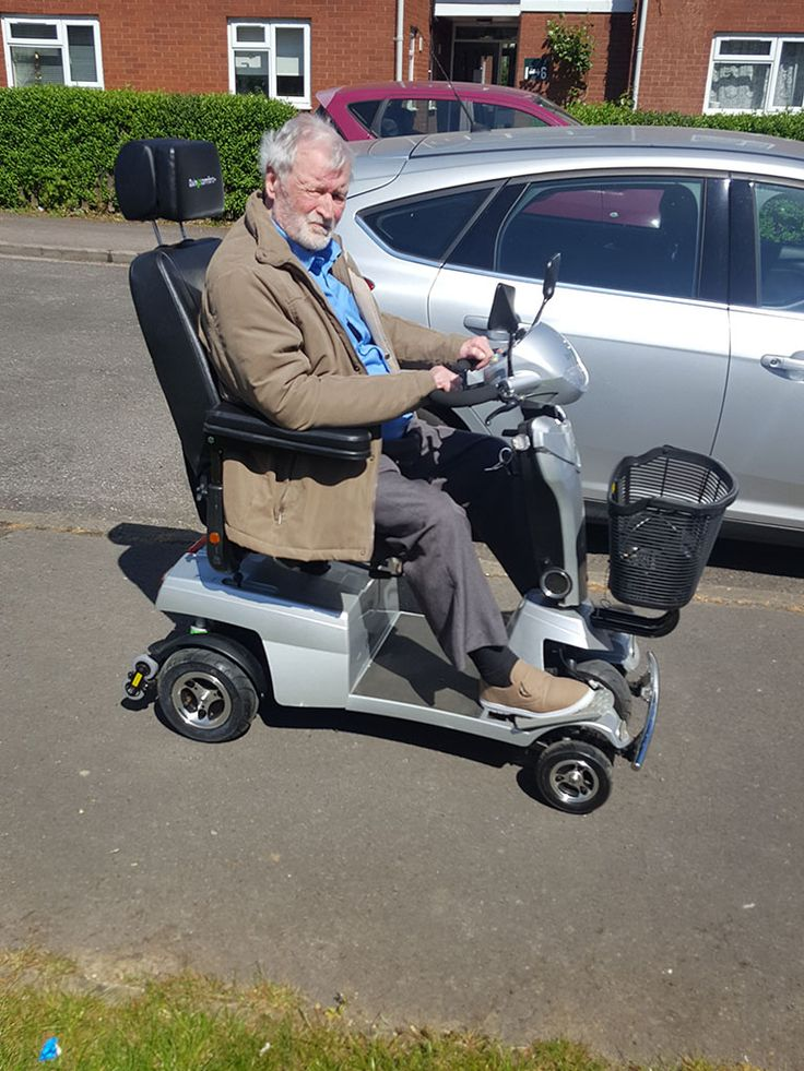 Mr Watts found the Vitess 2 mobility scooter ticked all the boxes for him, find out which Quingo suits you