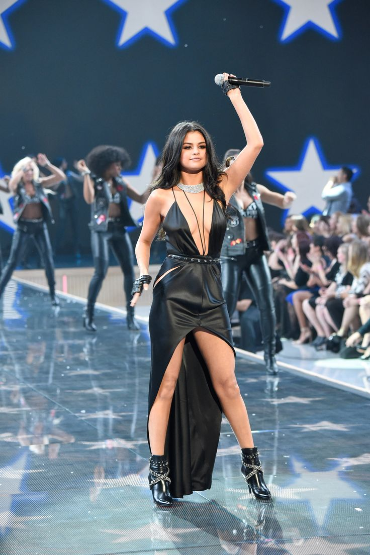 67 Stunning Looks From the Victoria's Secret Fashion Show  - Cosmopolitan.com