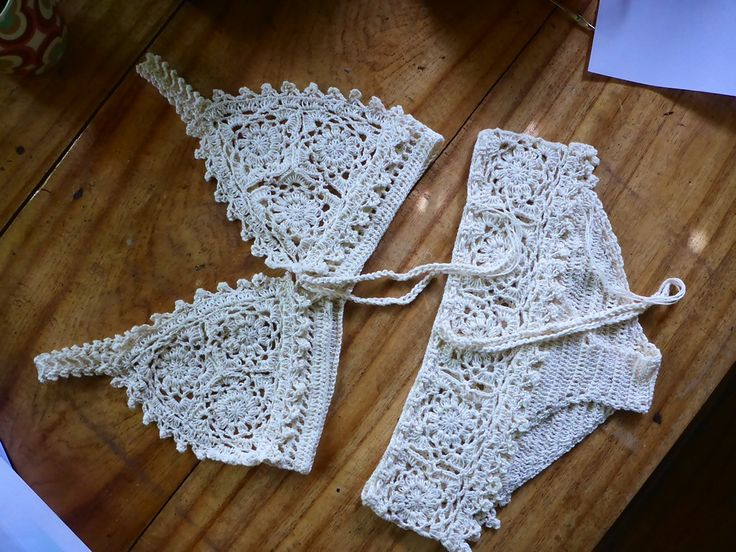 Ravelry: Walkednights Bralette pattern by Fatima
