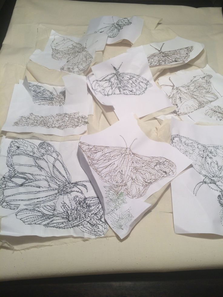 27/3/16. I started to arrange the butterflies on the calico fabric, to see which ones worked best together .