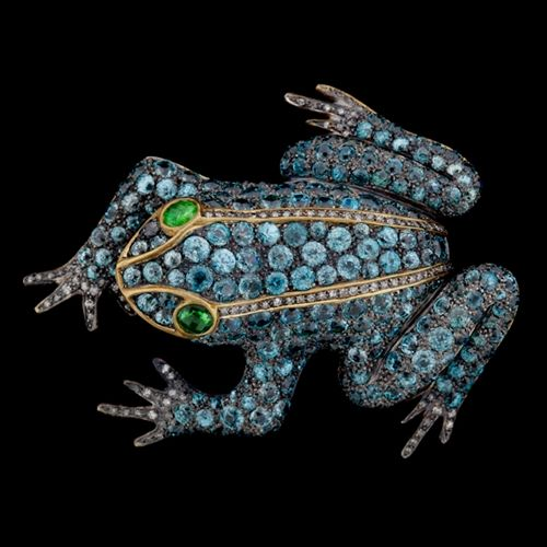 9Kt Yellow Gold & Silver Large Frog Brooch with a total of approximately 89.68cts of Zircons set with approximately 0.92cts of Round Cut Diamonds and 0.83cts of Tsavorites.: