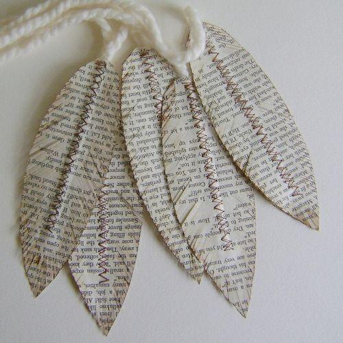 DIY Deko aus Papier zeitung federn