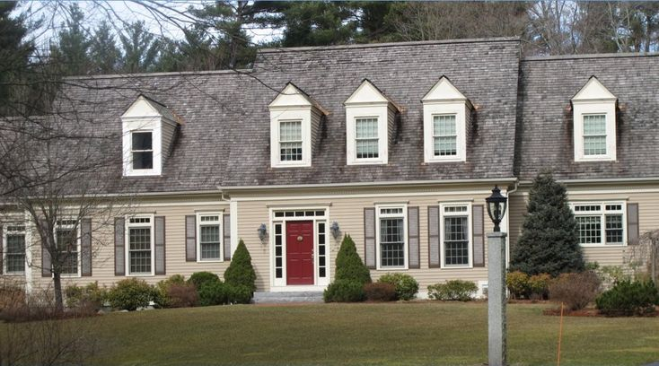 Cape cod style homes pinterest cod doors and for Cape cod exterior color schemes