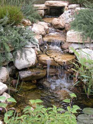 Oltre 25 fantastiche idee su cascata da giardino su for Cascate laghetti da giardino