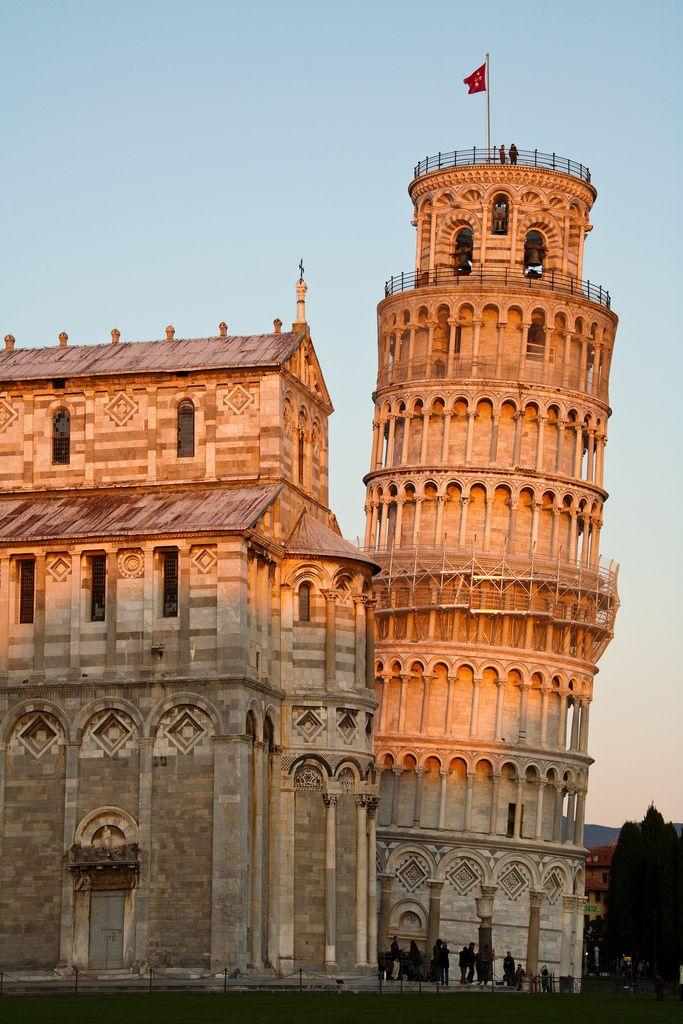 Leaning Tower - Pisa - Italy (von pixelnovice2009)