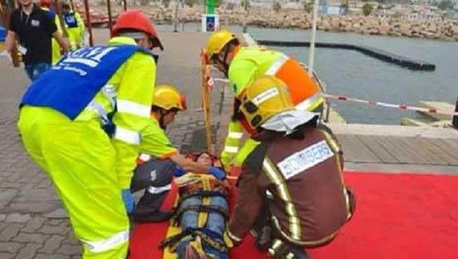 FOTOGRAFÍA CON TU #UNIDAD O #EQUIPO DESDE CATALUÑA  Nuestra compañera @Mery Longás Gomez, desde Sitges en la provincia de Barcelona, Catalunya, nos envió estas imágenes de un simulacro en el que participaron más de 450 personas, simulacro de catástrofes e incidentes de múltiples víctimas en el Puerto de Aiguadolç de Sitges. Este ejercicio práctico, estuvo organizado...  http://www.ambulanciasyemergencias.co.vu/2015/10/UNIDAD.html #ambulancias #emergencias #simulacro #tes #tts…
