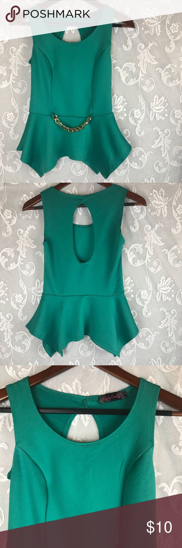 """Body central women's size s/m green peplum style Body central women's size s/m green peplum style  chains on waist   Gently used no flaws   Approx measurements garment lay flat: Length 24"""" Armpit to bottom cuff 12"""" Neck 9"""" Chest 14"""" Waist 12"""" Waist to bottom cuff 6"""" Arm opening 7"""" Back key hole 8""""     PICTURES ARE AN IMPORTANT PART OF THE DESCRIPTION PLEASE CAREFULLY VIEW THEM TO BETTER JUDGE SIZE, COLOR, CONDITION, ETC.  Item comes from a pet/smoke-free home.  Thank you so much for looking…"""
