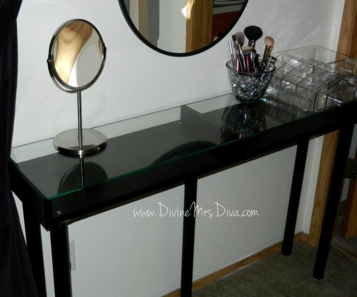 diy makeup vanity table tutorial using parts from ikea around the house pinterest crafting. Black Bedroom Furniture Sets. Home Design Ideas