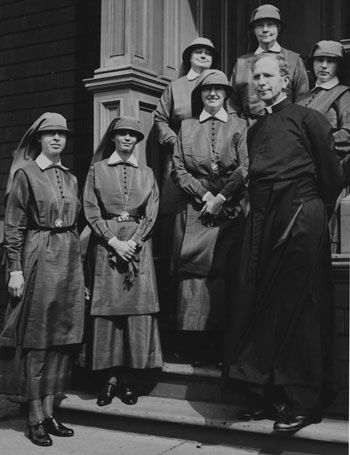 The sisters of social service in 1938 check out the very unusual