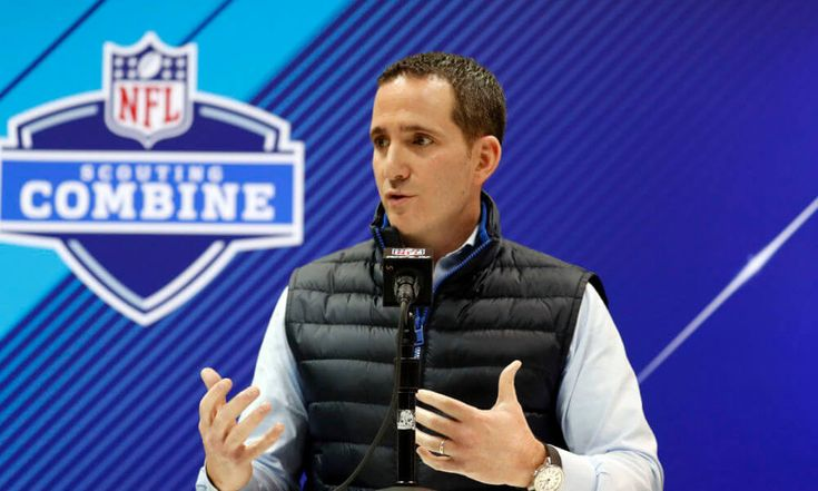 Howie Roseman hints at moderate changes for Eagles
