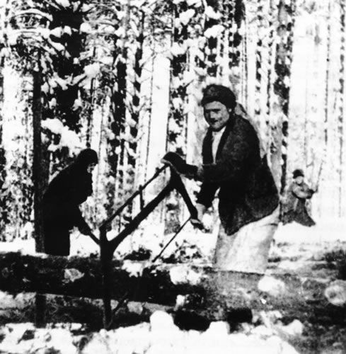 a paper on forced labor camps in one day in life of ivan denisovich by alexander solzhenitsyn and if One day in the life of ivan denisovich, as the title suggests, describes  the  story is set in the forced labor camp where he was imprisoned from 1950-53  in  1974, when the first sections of the gulag archipelago were published  - essay : russian gadfly, aleksandr solzhenitsyn (katharena eiermann.
