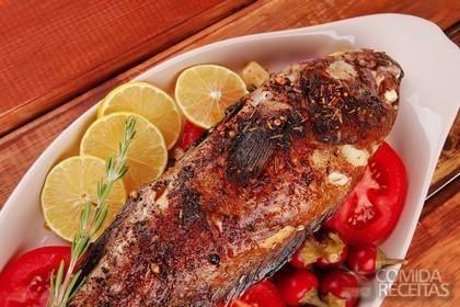 Receita de Peixe assado com temperos em receitas de peixes, veja essa e outras receitas aqui!