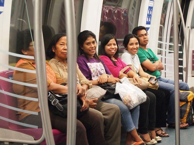 2013.03: At MRT - Singapore