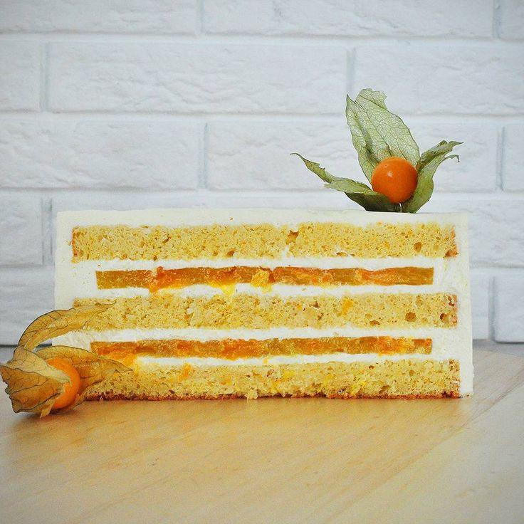 51 отметок «Нравится», 1 комментариев — Кристина Лоншакова (@glazur.sweetart) в Instagram: « Апельсиновый бисквит, апельсиновое компоте с дольками мандарина и сливочно-сырный крем  . .…»