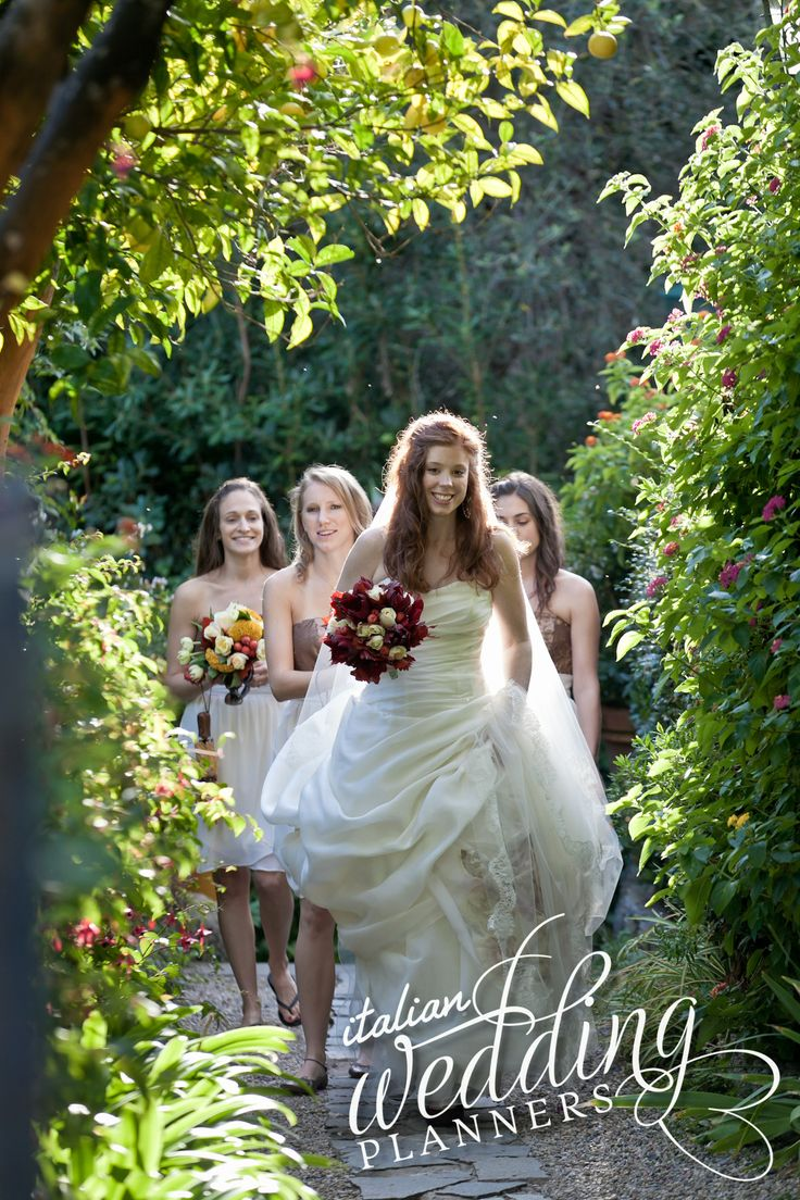 Portofino Castle wedding by @SposiamoVi - Wedding Planner Italy www.italianweddingplanners.com Email our Portofino wedding planners for info: info@italianweddingplanners.com