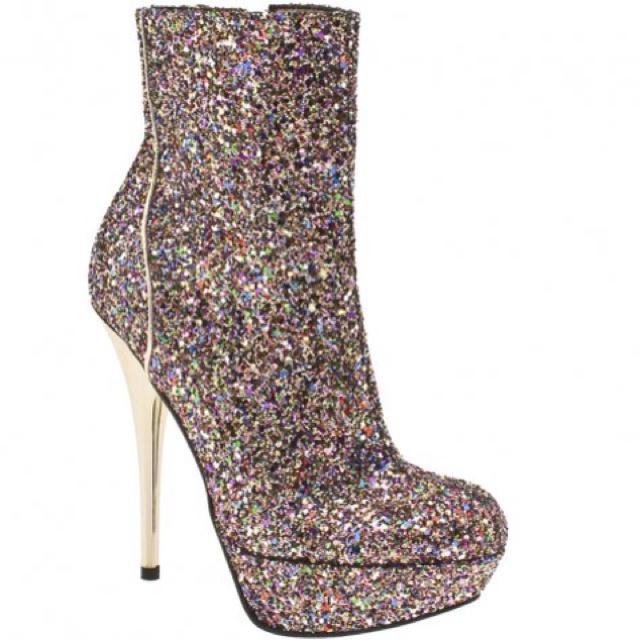 Sparkle boots <3