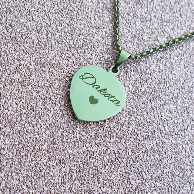 @inserttextheredesign so in love with this stunning personalised pendant ❤️ www.inserttexthere.co.uk #jewelry #jewellery #personalised #personalized #custom #customized #customizedjewelry #personalisedjewellery #personalizedjewelry #namependant