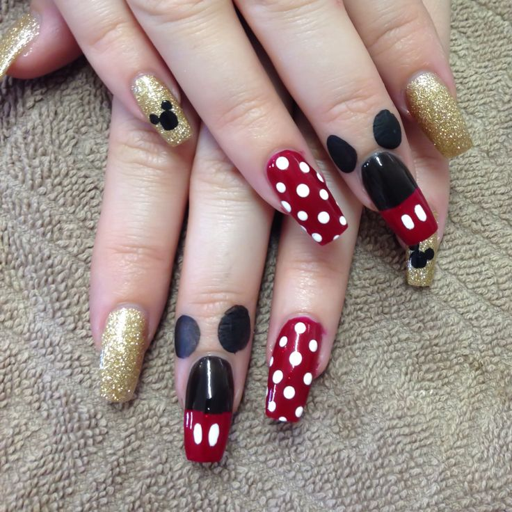 Megg's Disney nails :)