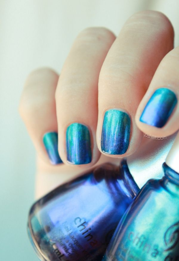 """A gorgeous metallic ombré nail. Polishes are China Glaze's """"Deviantly Daring"""" & """"Want My Bawdy."""""""