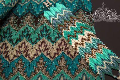 Купить или заказать Браслет Missoni в интернет-магазине на Ярмарке Мастеров. Этот браслет делала для себя к платью Missoni, как образец положила кусочек ткани (платье ещё на пошиве в ателье) даже замочек нашёлся с моими инициалами))) Сделаю на заказ такой же или подберу цвет бисера к Вашему изделию в стиле Missoni Срок изготовления 2 дня (при наличии материала) Больше фото в блоге: www.livemaster.ru/topic/2286889-braslet-missoni?