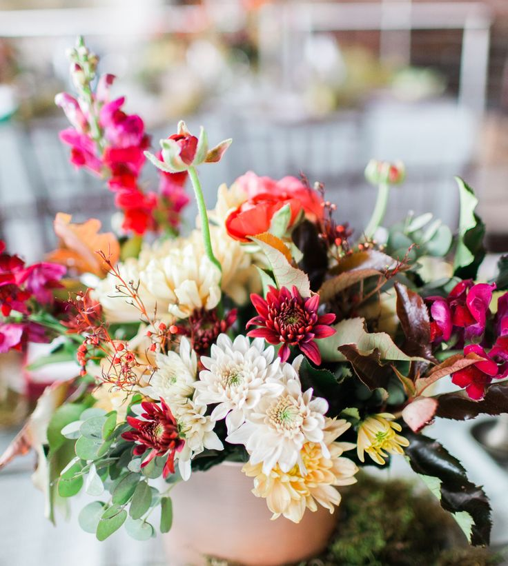 Eclectic wedding with jewel tones and wild flower composition. Photography: Time photography Styling, florals and decor: Splendid Wedding Company