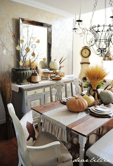 1348 best fall decorating everything fall thanksgiving for Dining room tablescapes ideas