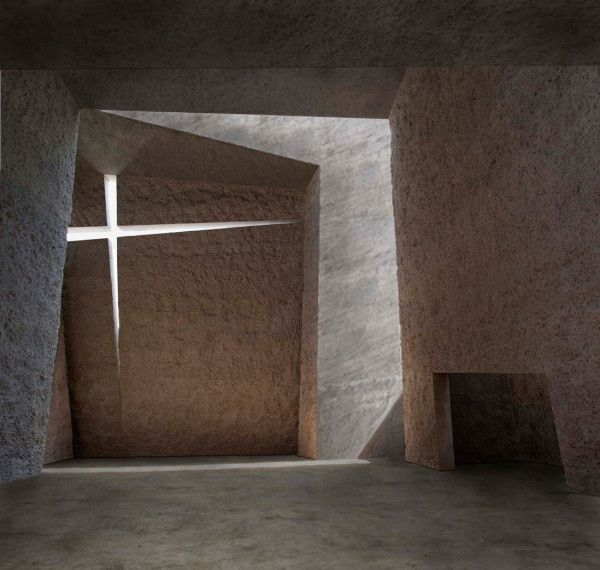 Holy Redeemer Church ideasgn by Fernando Menis Architect 4
