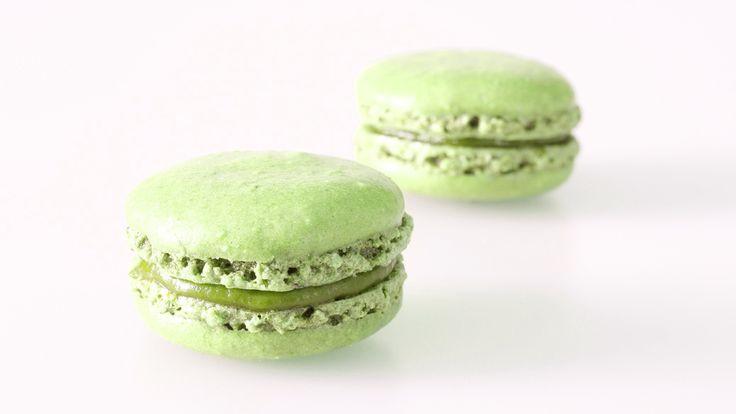 Frische Pistazien-Macarons kaufen. Handgemacht und von bester Qualität. Einfach bestellt und schnell versandt! #macarons #macaron