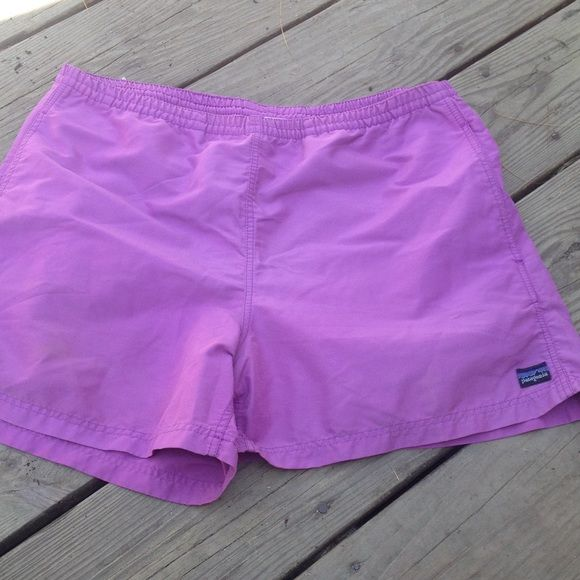 Patagonia purple Baggies Patagonia purple shorts Women's size 8 excellent condition style is Baggies has interior drawstring to adjust waist Patagonia Shorts