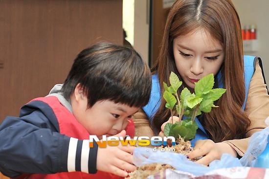22/3/2012: 2232012, Jiyeon Tara