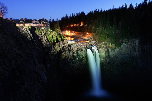 Snoqualmie Valley, WA. Fall City, Snoqualmie, and North Bend. Snoqualmie Falls, Salish Lodge, Snoqualmie River, Mt. Si. Good for a biking day trip.