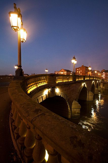 Worcester Bridge by flash of light, via Flickr, UK