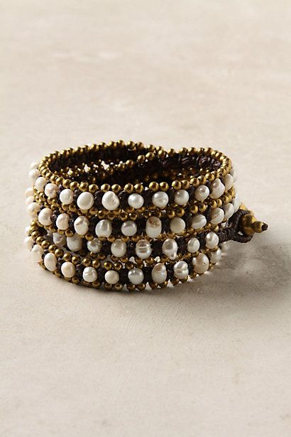 This is such a beautiful bracelet!  A totally practical addition to anyone's colllection!