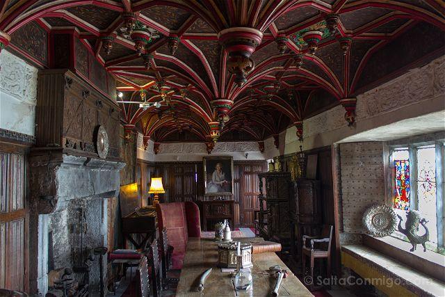 Una de las salas del castillo de Bunratty, en Irlanda, un verdadero museo