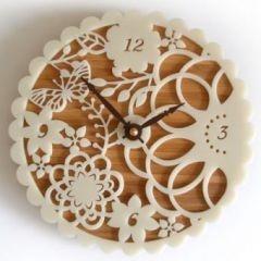 Magpie Lovely - Kirie One Clock