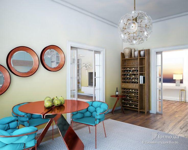 медные стулья, берюзовая обивка, покраска стен, желтые стены, омбре, покраска градиент