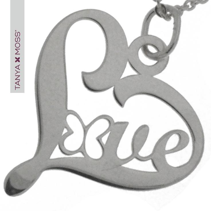 "Dije ""Love"" de Tanya Moss... lo quiero! :3"