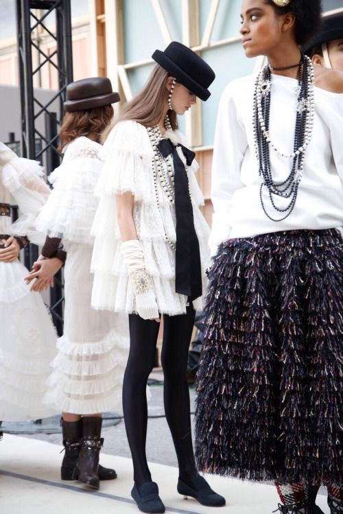 uh-la-la-land: Chanel FW