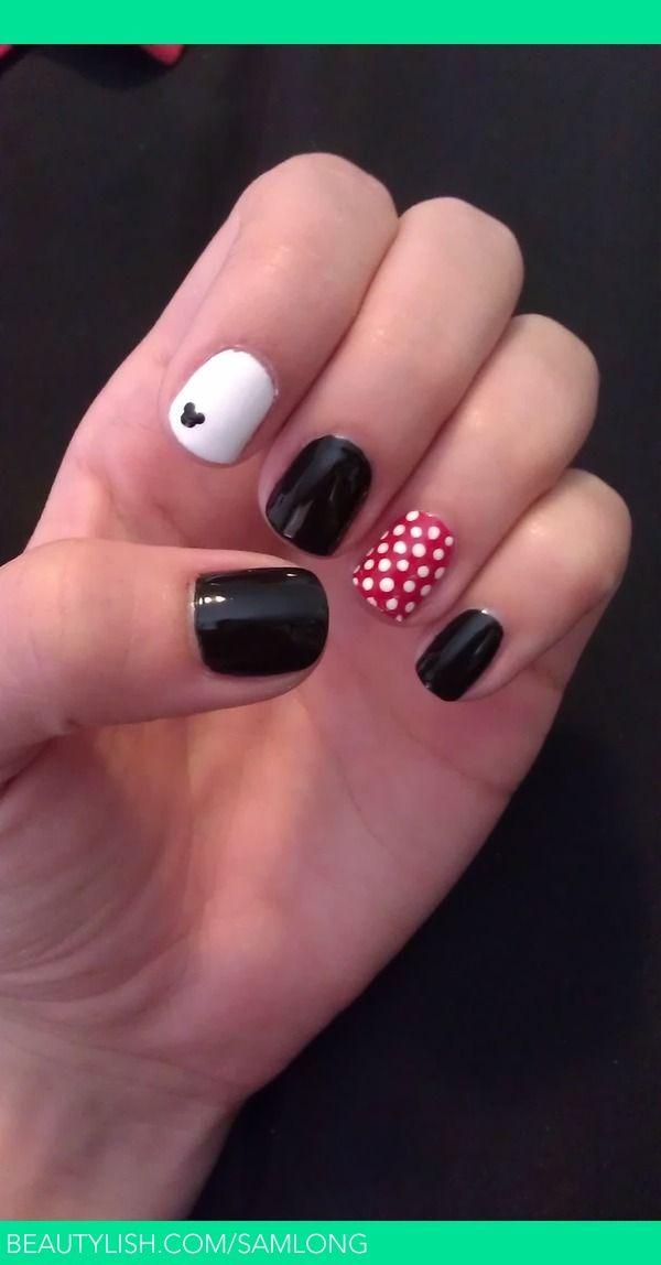 Disney Mickey and Minnie Nails | Samantha L.'s (samlong) Photo | Beautylish