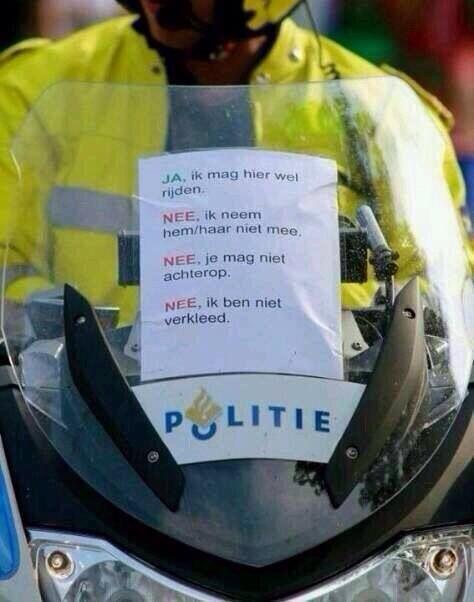 Politie met carnaval