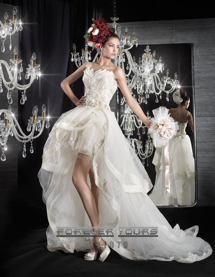 Find More Wedding Dresses Information about 2015 Asymmetrial Wedding Dresses Ball Gown Appliqued Tiered Tulle and Lace Hi Lo Bridal Gowns with Strapless and Feathers ,High Quality Wedding Dresses from Romantic bride wedding dress Suzhou Co., Ltd. on Aliexpress.com