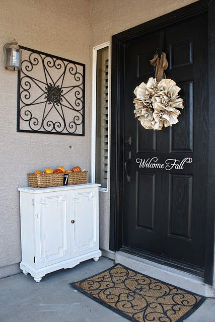 90 Fall Porch Decorating Ideas | Shelterness ..... There are some great ideas here!