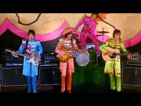 The Beatles Hello Goodbye (Remastered) ~ Wow now this is cool, with the FAB FOUR dressed in their colorful uniforms. Very Sixtie-ish !