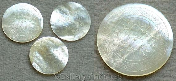 Three Late 18th Century Antique Chinese Mother of Pearl Circular Engraved Hand Made Gaming Counters c.1780 - 1790 (ref: 4015)
