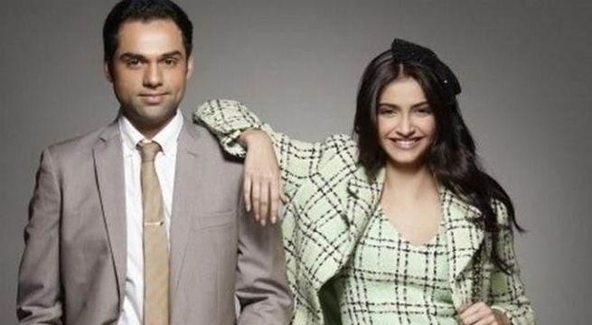 Mumbai: Abhay Deol and Sonam Kapoor confronted each other on Twitter on Wednesday after Abhay Deol's take down on Bollywood collegues endorsing fairness creams. Sonam Kapoor retaliated with an age old pic of Abhay's cousin Esha Deol to which the Twitteretis termed it an ugly move. While he...